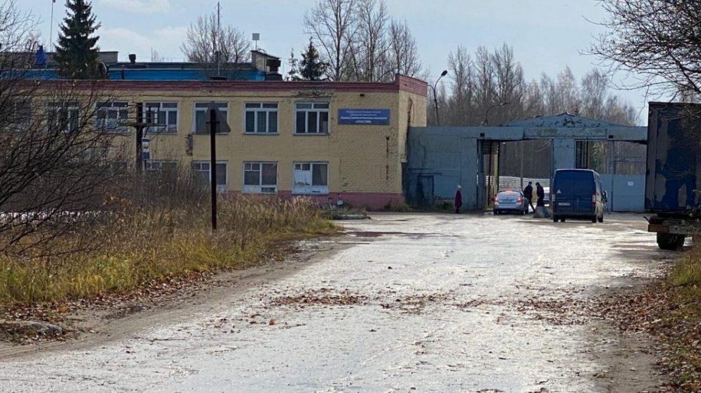 Камера зафиксировала момент взрыва на заводе под Рязанью