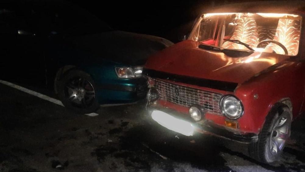 Под Дятьковом Брянской области водитель Toyota сломал рёбра пассажирке ВАЗ