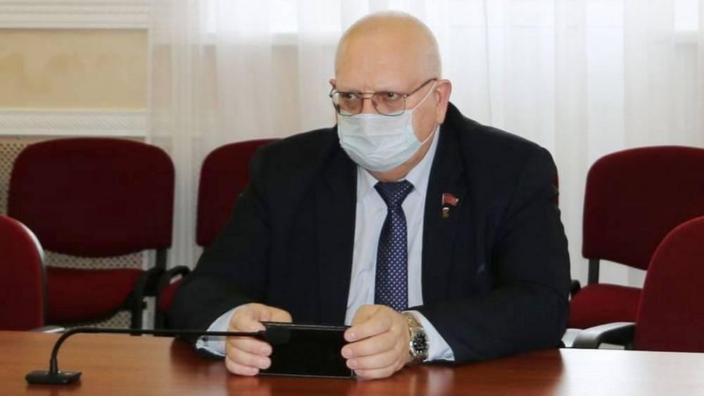 Брянские депутаты обсудили вопрос медицинской помощи при хронических заболеваниях