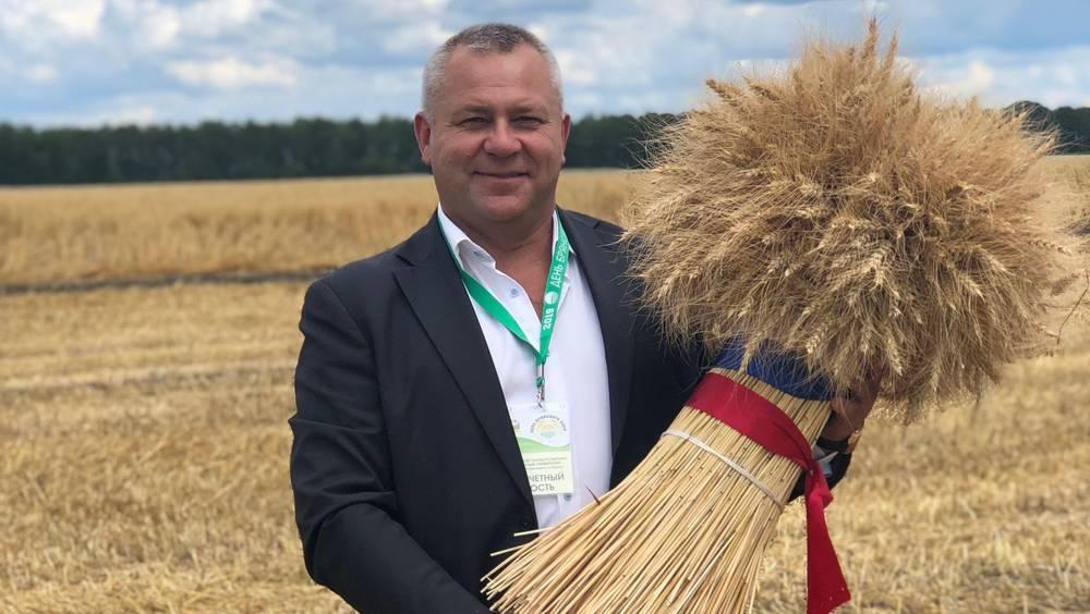 Работников сельского хозяйства и перерабатывающей промышленности поздравил Валентин Суббот