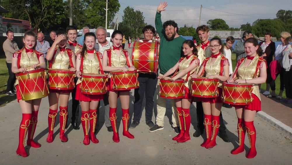 Самобытных артистов из Брянской области покажут на Первом канале