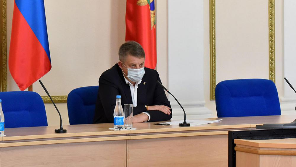 Брянский губернатор Богомаз: «Не хотите делать прививку – сидите дома!»