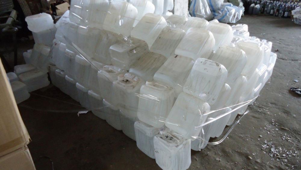 В Брянске осудят «короля» табачно-водочного контрафакта
