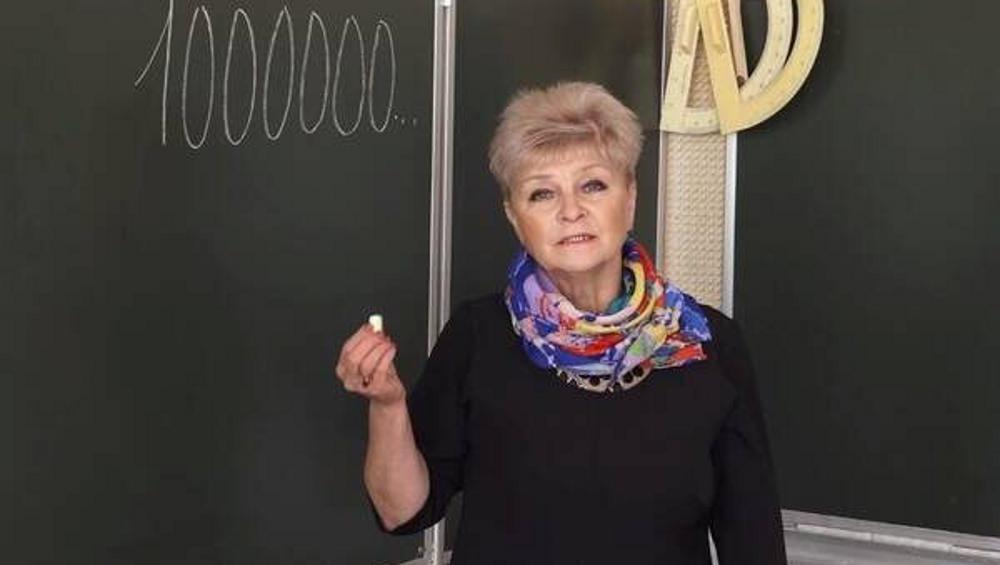Брянская учительница математически доказала важность вакцинации