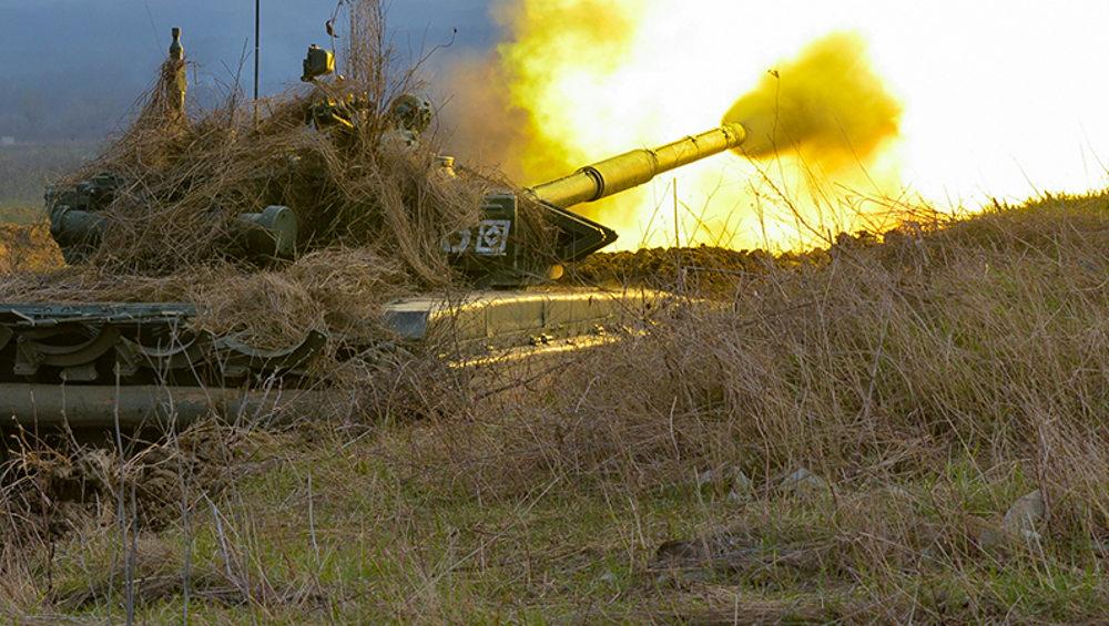 Брянские танкисты освоили огневую атаку из засады