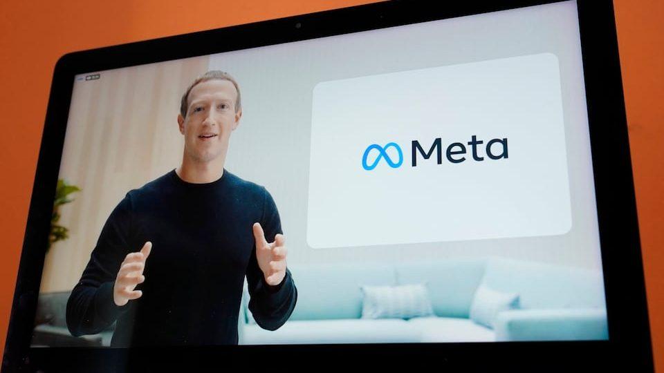 Компания Facebook переименовалась в Meta
