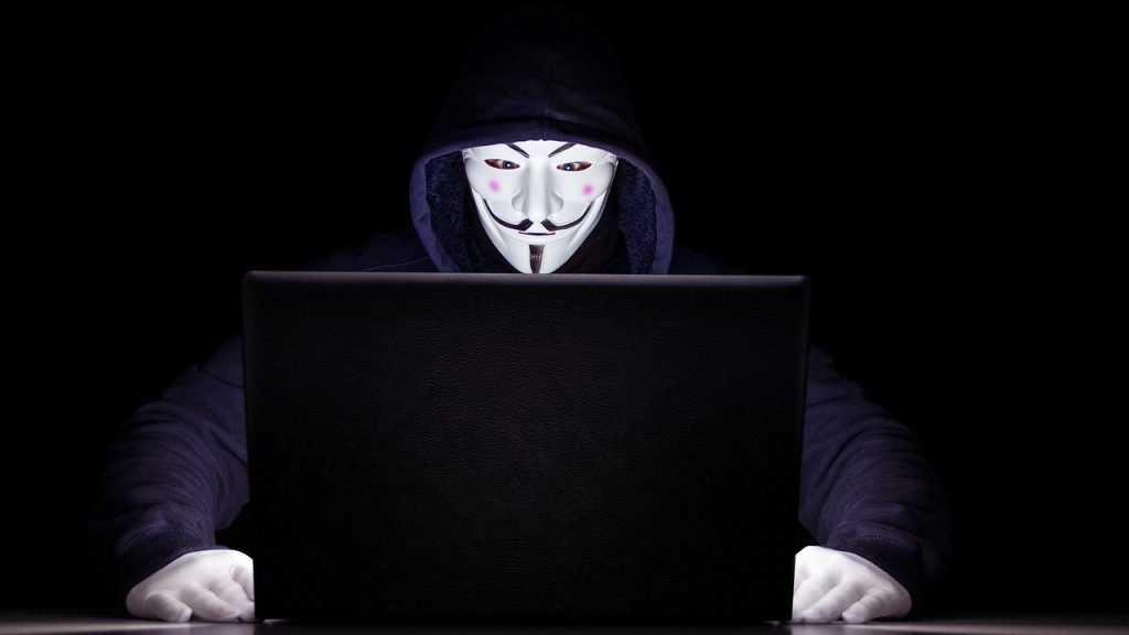 Facebook и Microsoft уличили в слежке за пользователями