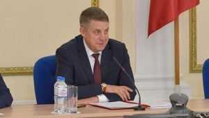 Губернатор Богомаз призвал чиновников не ставить аграриям палки в колеса