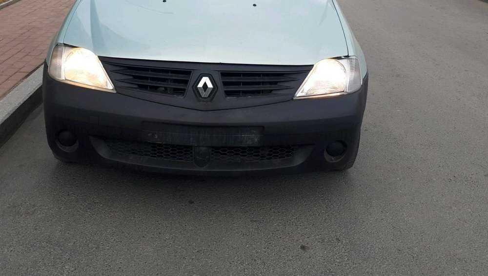 В Брянске автомобиль сбил переходившую дорогу женщину