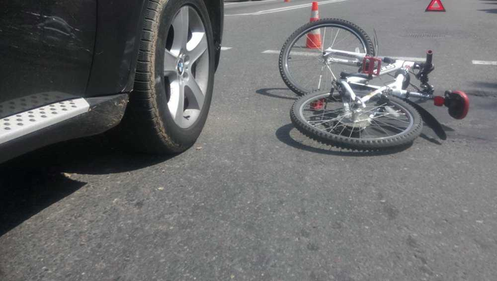 В Почепе «бумер» сбил пенсионерку-велосипедистку