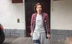 «Работайте, братья»: СК оправдал полицейских, сломавших ногу митинговавшему оппозиционеру
