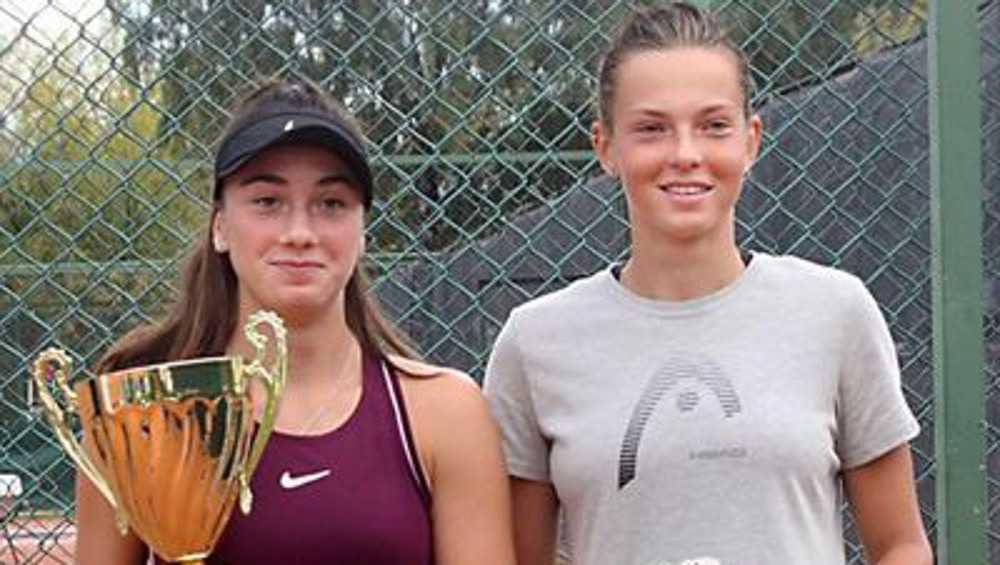 Брянская теннисистка Влада Коваль два раза сыграла в финале в Москве