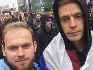 В Брянске задержали двоих митинговавших оппозиционеров