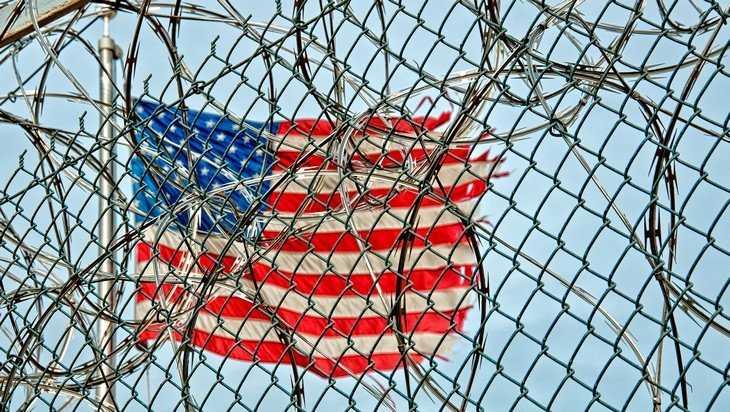 Как частная американская компания готовится поставить под контроль весь мир
