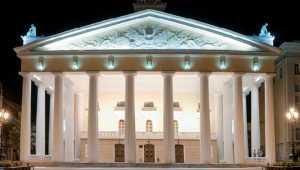 Вошедший в театральный топ-20 Брянск получит новое освещение драмтеатра