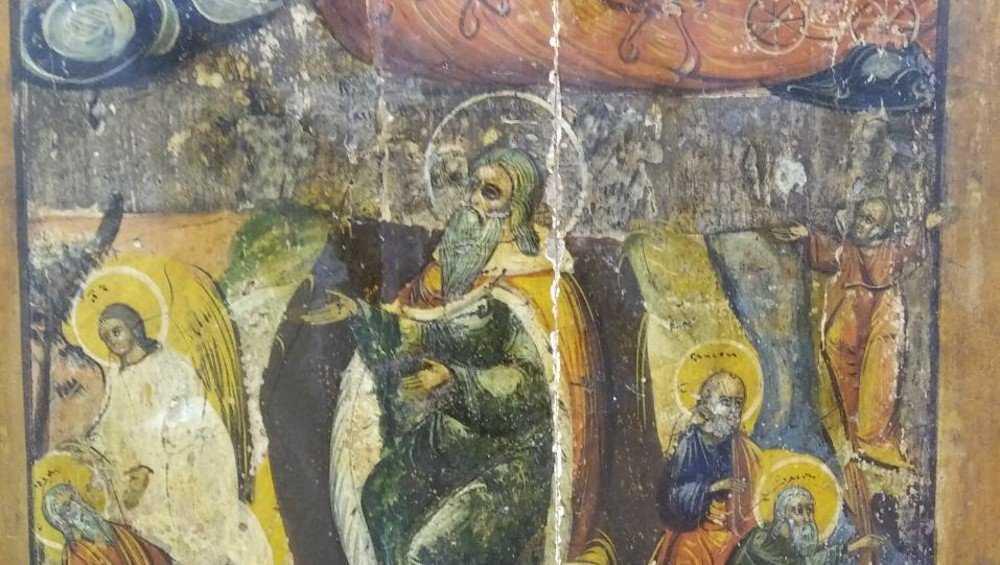 Икона пророка начала мироточить в Брянском краеведческом музее
