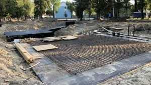 В Майском парке Брянска подготовили основание для уникального фонтана