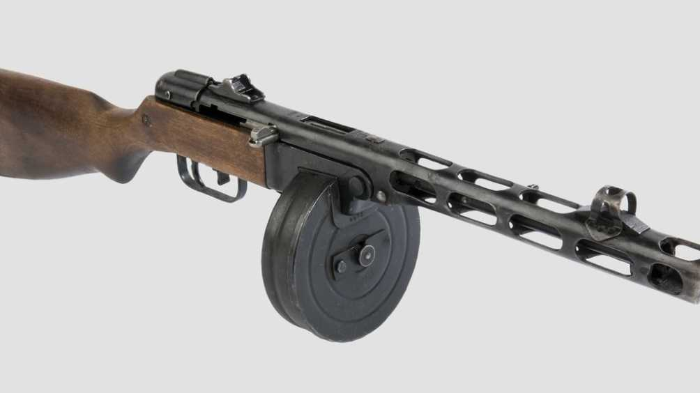 В Карачеве брянца отправили под суд из-за найденного в лесу пулемёта