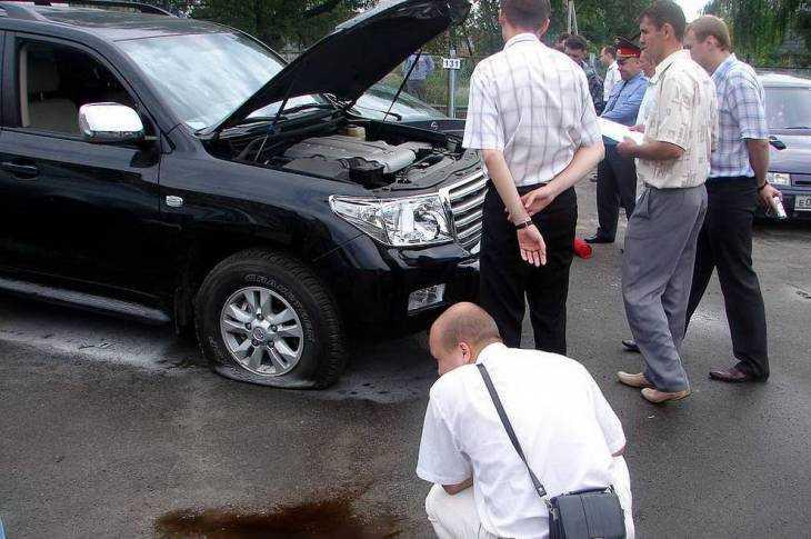 Так в 2008 году был взорван автомобиль брянского депутата Евгения Панкова