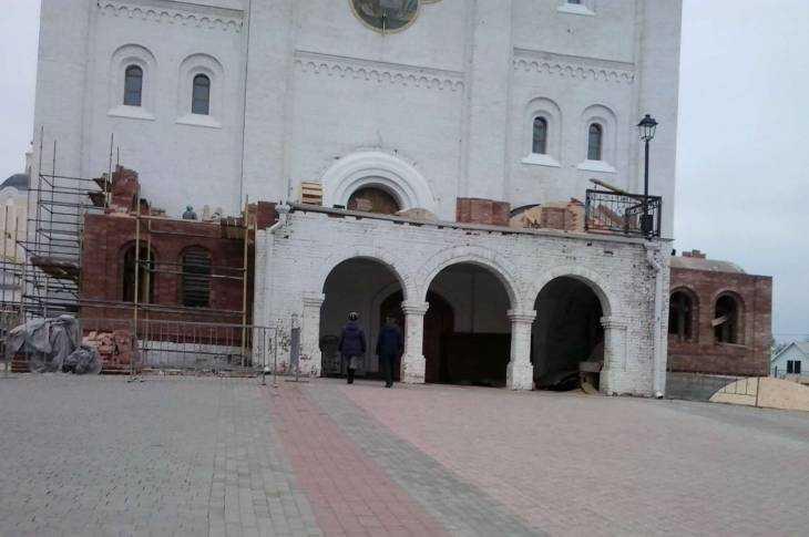 Кафедральный сбор Брянска прирастет новыми входами