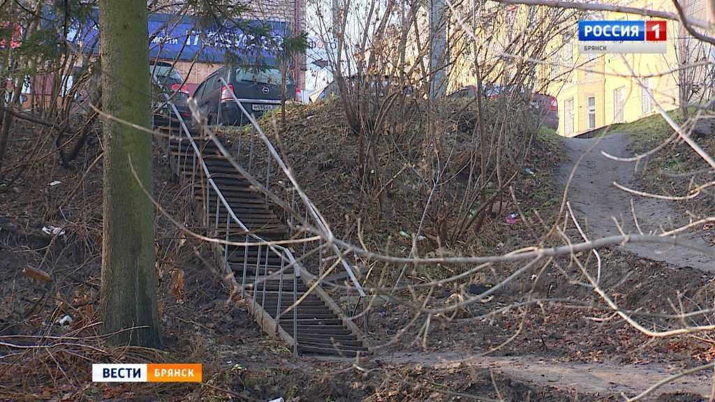 В брянском Судке лестница полностью разрушилась