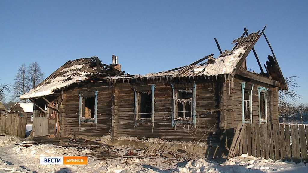 В Унече Брянской области спасли человека при пожаре