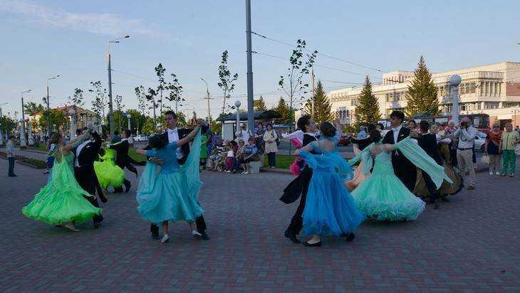 Состоялось открытие набережного комплекса Брянска после реконструкции