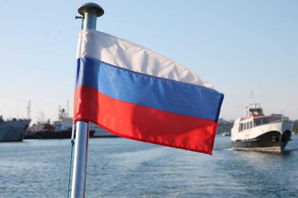 «В критической ситуации действовали геройски»: Шойгу — о трагедии с моряками-подводниками