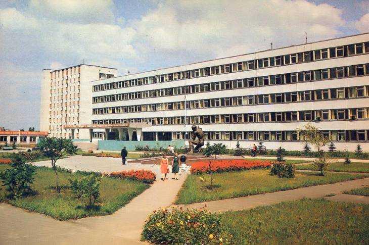 Здание Брянского государственного педагогического института